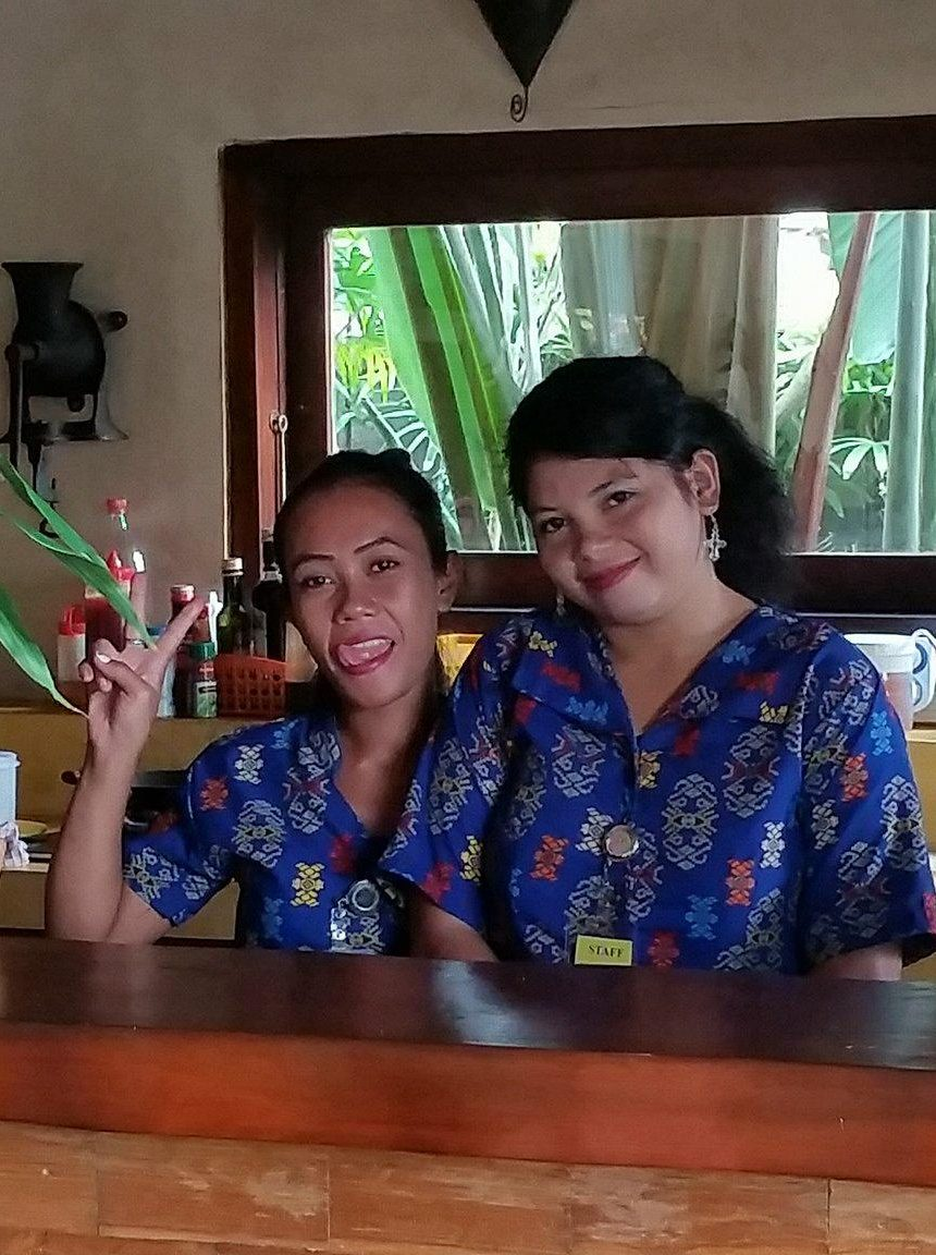 Villa Anjing Staff